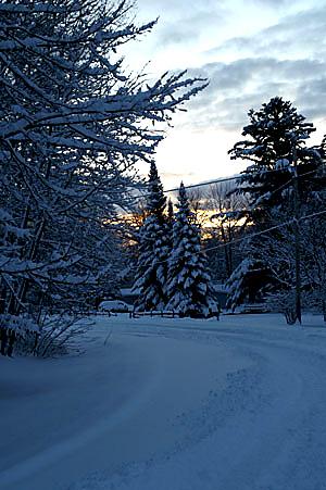 snow-sunrise